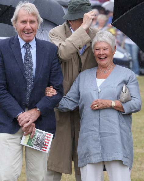 King's Lynn「The Prince Of Wales & Duchess Of Cornwall Visit The Sandringham Flower Show」:写真・画像(2)[壁紙.com]