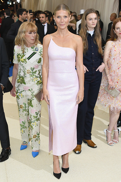 "Metropolitan Museum Of Art - New York City「""Rei Kawakubo/Comme des Garcons: Art Of The In-Between"" Costume Institute Gala - Arrivals」:写真・画像(9)[壁紙.com]"