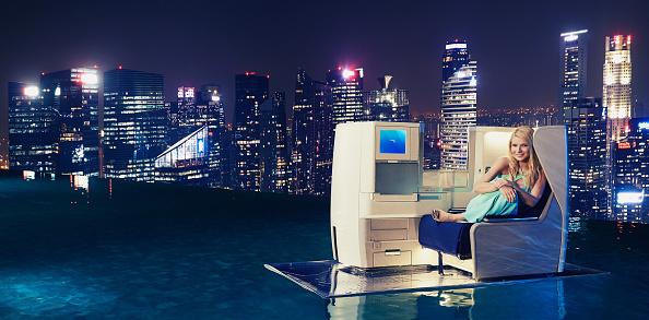 Infinity Pool「Gwyneth Paltrow Launches British Airways' A380 To Singapore」:写真・画像(5)[壁紙.com]