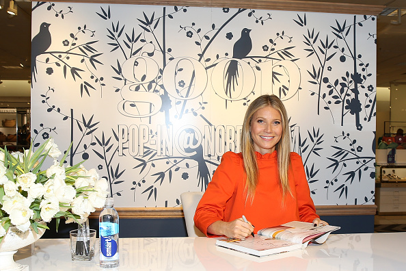 Gwyneth Paltrow「Gwyneth Paltrow, Olivia Kim & Rick Caruso Host Cocktails At goop-in@Nordstrom At The Grove」:写真・画像(11)[壁紙.com]