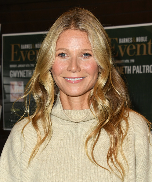 "Vertical「Gwyneth Paltrow Signs Copies Of Her New Book ""The Clean Plate""...」:写真・画像(14)[壁紙.com]"