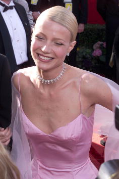 Spaghetti Straps「71st Academy Awards」:写真・画像(8)[壁紙.com]
