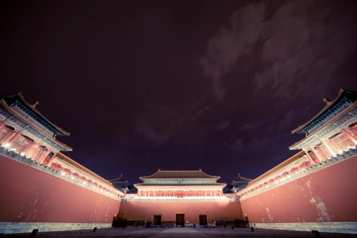 Indigenous Culture「Forbidden city entrance at night」:スマホ壁紙(1)