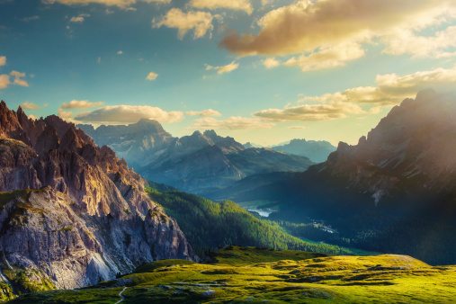 Dolomites「Mountains and valley at sunset」:スマホ壁紙(15)