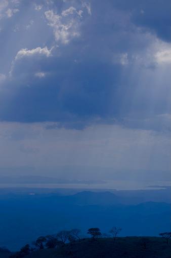 Montane Rainforest「Mountains and Clouds」:スマホ壁紙(8)
