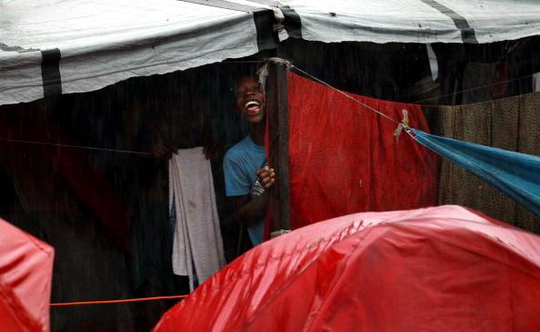 Makeshift「Despite Heavy Aid, Haiti Still In Shambles Months After Major Earthquake」:写真・画像(15)[壁紙.com]