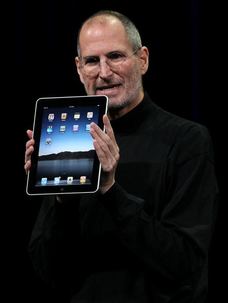 Digital Tablet「Apple Announces Launch Of New Tablet Computer」:写真・画像(17)[壁紙.com]