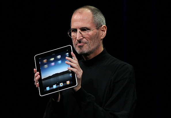 Digital Tablet「Apple Announces Launch Of New Tablet Computer」:写真・画像(9)[壁紙.com]