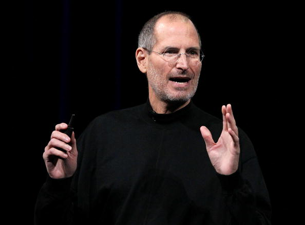 Steve Jobs「Apple Announces Launch Of New Tablet Computer」:写真・画像(2)[壁紙.com]
