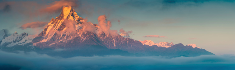 Annapurna Conservation Area「Golden mountain sunset Machapuchare sacred Himalaya peak」:スマホ壁紙(9)