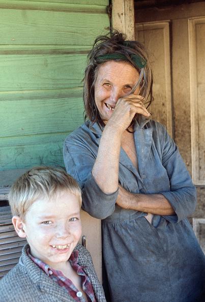 上半身「The Poor of Pike County」:写真・画像(13)[壁紙.com]