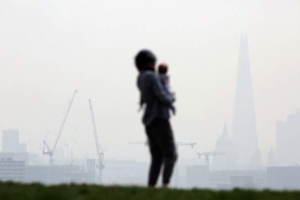 Overcast「Warnings Are Given On Air Pollution Levels Across The UK」:写真・画像(6)[壁紙.com]