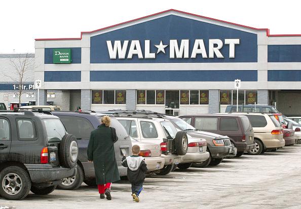 Tim Boyle「Wal-Mart And Time Warner Reported To Make Magazine Deal」:写真・画像(4)[壁紙.com]