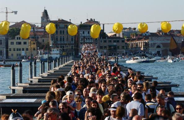 Marco Di Lauro「Venetians Celebrate The Annual Festa Del Redentore」:写真・画像(10)[壁紙.com]