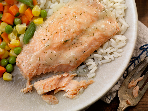 Jasmine Rice「Salmon Fillet with a Lemon Dill Sauce, Rice and Mixed Vegetables」:スマホ壁紙(10)
