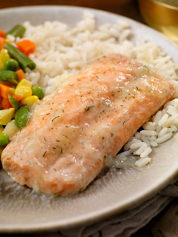 Jasmine Rice「Salmon Fillet with a Lemon Dill Sauce, Rice and Mixed Vegetables」:スマホ壁紙(9)