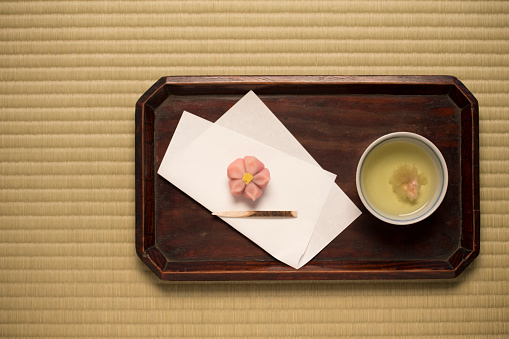 和菓子「Tea of cherry blossoms and Japanese sweets」:スマホ壁紙(6)
