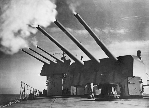 キール「Guns Of The Konigsberg」:写真・画像(6)[壁紙.com]