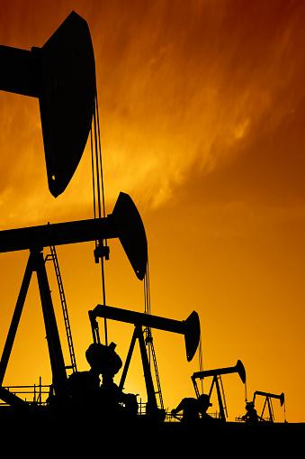 Borehole「XXXL oil pumpjack silhouettes」:スマホ壁紙(13)