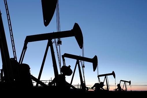 Borehole「XXXL oil pumpjack silhouettes」:スマホ壁紙(17)