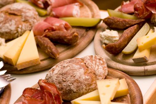 Alto Adige - Italy「Tyrolean Feast」:スマホ壁紙(3)
