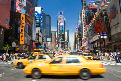 Taxi「Yellow cabs in Times Square」:スマホ壁紙(14)