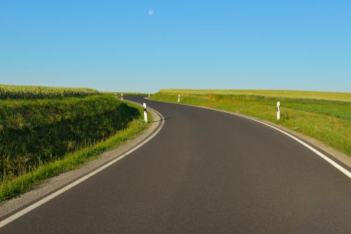 Empty Road「Country Road」:スマホ壁紙(1)