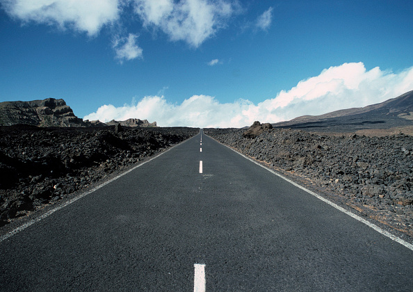 Long「Country road in the area of Playa Blanca, Island of Lanzarote, Canary Islands, Spain」:写真・画像(16)[壁紙.com]