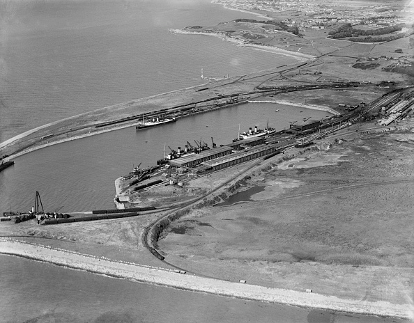 Ferry「Heysham Harbour And Half Moon Bay」:写真・画像(19)[壁紙.com]