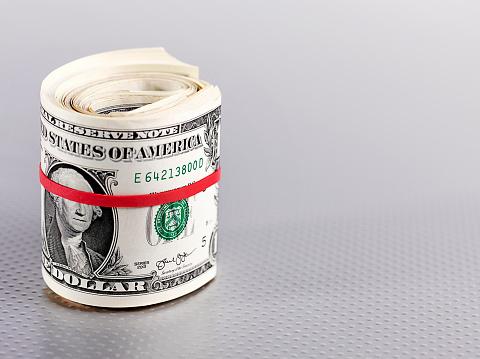 Male Likeness「Roll of dollar bills」:スマホ壁紙(1)