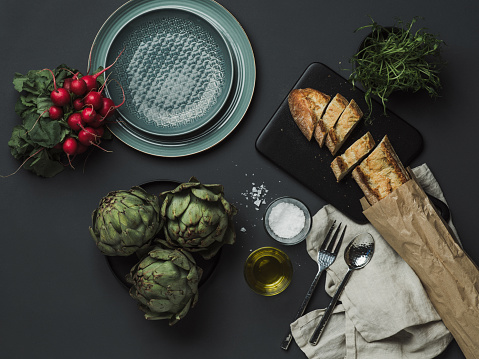 Place Setting「Food table setting with artichoke bread oils and salt」:スマホ壁紙(8)
