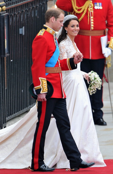 Wedding Dress「Royal Wedding - Carriage Procession To Buckingham Palace And Departures」:写真・画像(11)[壁紙.com]