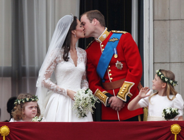 Grace van Cutsem「Royal Wedding - The Newlyweds Greet Wellwishers From The Buckingham Palace Balcony」:写真・画像(4)[壁紙.com]