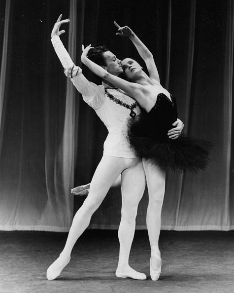Russian Ballet「Elena Ryabinkina And Maris Liepa」:写真・画像(7)[壁紙.com]