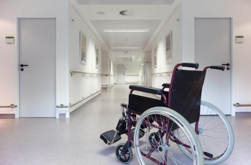 Physical Disability「Wheelchair in the floor of a hospital」:スマホ壁紙(6)