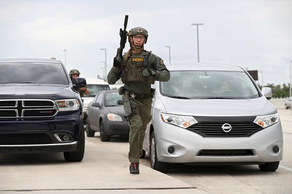 Fort Lauderdale「Shooting At Fort Lauderdale Airport」:写真・画像(15)[壁紙.com]