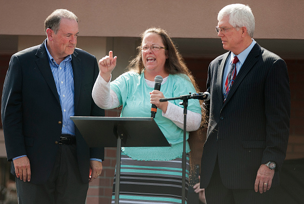 2016 United States Presidential Election「Mike Huckabee Holds Rally in Support of Jailed Clerk Kim Davis in Kentucky」:写真・画像(18)[壁紙.com]