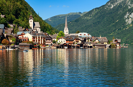 Dachstein Mountains「Hallstatt village, Austria」:スマホ壁紙(3)