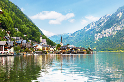 Austria「Hallstatt Village and Hallstatter See lake in Austria」:スマホ壁紙(12)