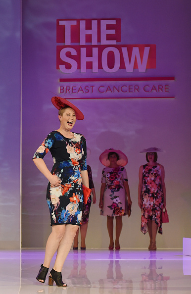 Breast「Breast Cancer Care's London Fashion Show 2015」:写真・画像(12)[壁紙.com]
