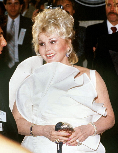 Incidental People「Zsa Zsa Gabor」:写真・画像(11)[壁紙.com]