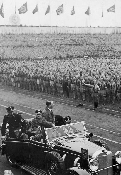 Mid Adult Men「Hitler At Lustgarten」:写真・画像(5)[壁紙.com]