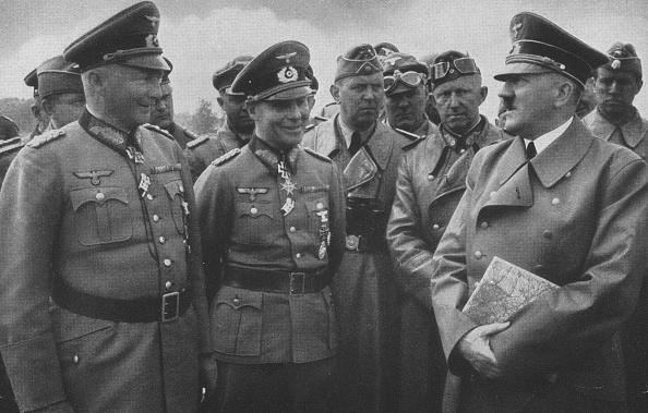 Mid Adult Men「Hitler And Generals」:写真・画像(14)[壁紙.com]