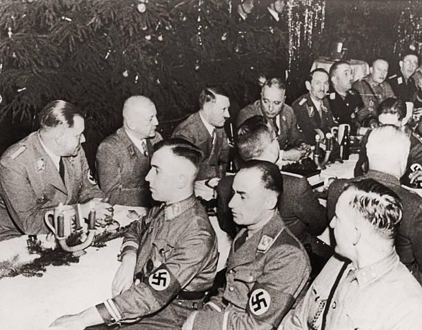 Nazi Christmas Dinner:ニュース(壁紙.com)