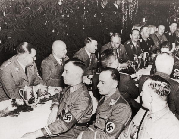 Christmas「Nazi Christmas Dinner」:写真・画像(3)[壁紙.com]