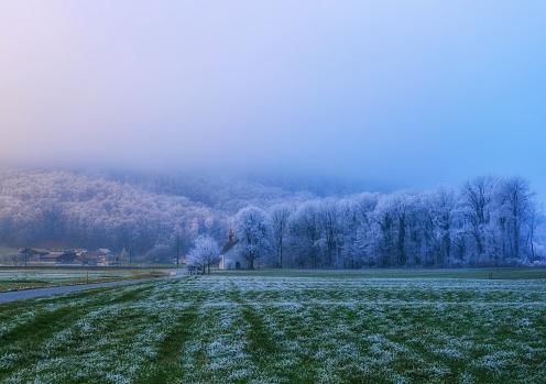 Frost「Frosty winter landscape, Bad Ragaz, Sankt Gallen, Switzerland」:スマホ壁紙(6)