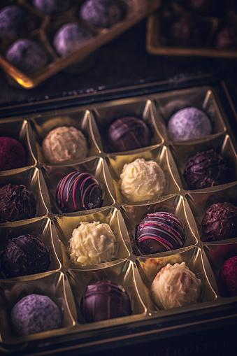 文字「最高級チョコレート」:スマホ壁紙(0)