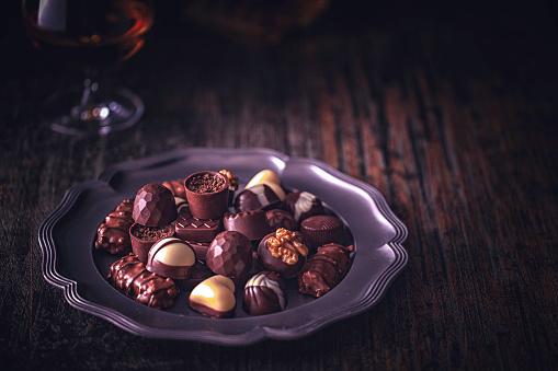 文字「最高級チョコレート」:スマホ壁紙(2)