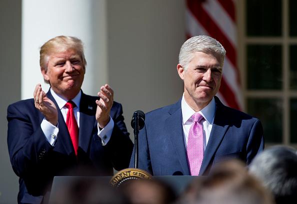 Politics「Neil Gorsuch Is Sworn In As Associate Justice To Supreme Court」:写真・画像(5)[壁紙.com]