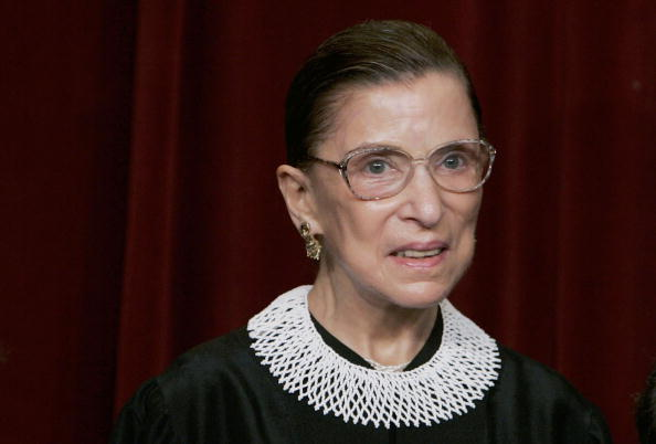 """Headshot「Supreme Court Justices Pose For """"Class Photo""""」:写真・画像(8)[壁紙.com]"""